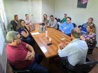 Prefeitura, Câmara de Vereadores e representantes de indústrias discutem sobre ações de contenção ao Coronavírus