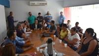 Câmara promove diálogo entre Secretaria de Educação e lideranças comunitárias sobre fechamento da escola de Mar Azul