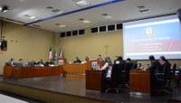 Chuva e corte das castanheiras da orla de Aracruz são destaques em sessão na Câmara