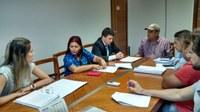 Comissão de Finanças discute projeto para controle da população de cães e gatos nas ruas do município