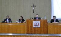 Vereadores discutem sobre contratação da empresa de recolhimento de lixo em Aracruz durante sessão da Câmara